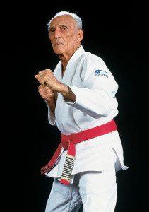 Mestre Hélio Gracie, criador do Brazilian Jiu Jitsu.