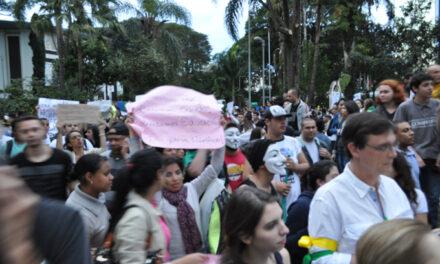 Tatuapé toma parte nas manifestações do país