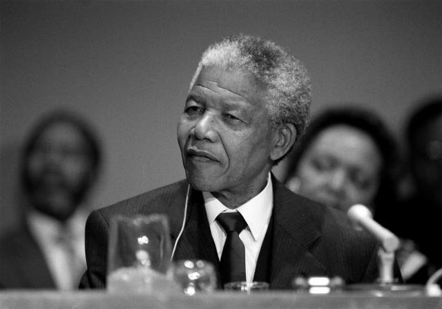 Nelson Mandela não era santo é um gigante