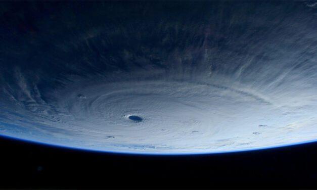 Nasa: Estação Espacial Internacional sobrevoou Tufão Maysak