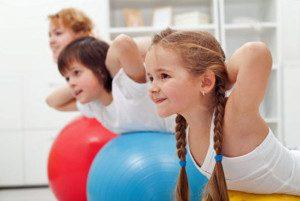 Crianças de 4 a 8 anos já podem começar a se aventurar no mundo dos esportes. Foto: Divulgação