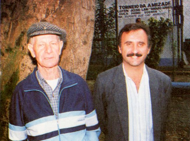 O presidente da SAT, Carlos Sá e o vice-presidenteDuca, no Parque do Piqueri, em julho de 1997. Foto: © aloimage