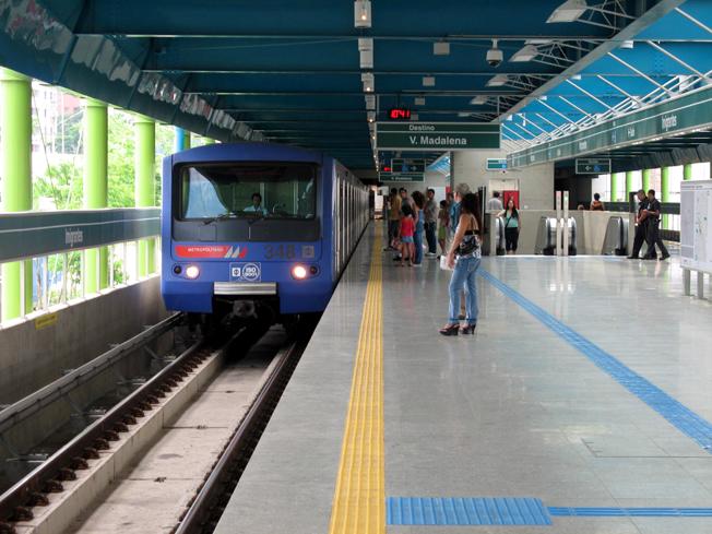 Estação Santos-Imigrantes em direção à Vila Madalena. Daqui, por exemplo, o passageiro poderá chegar até a Dutra, do outro lado da cidade. Foto: Divulgação Metrô