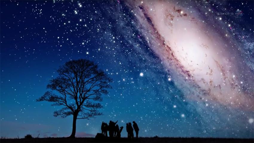 Colisão entre a Via Láctea e Andrômeda está acontecendo a 250 mil mph