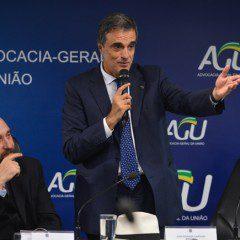 AGU derruba liminares que haviam suspendido nomeação de Lula