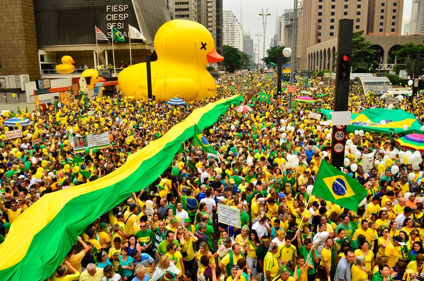 Avenida Paulista: domingo cívico, pacífico e impeachment já! Foto: Rovena Rosa/Agência Brasil