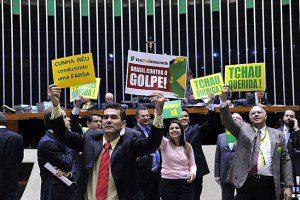 Às 13h06 deste sábado, deputados estão reunidos há mais de 27 horas. Foto: Luis Macedo / Câmara dos Deputados
