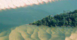 Vista aérea do rio Tocantins ao norte de Marabá, no Pará. © Daniel Beltrá / Greenpeace