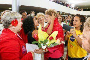 Presidente Dilma Rousseff durante encontro com Mulheres em Defesa da Democracia. Foto: Roberto Stuckert Filho/PR
