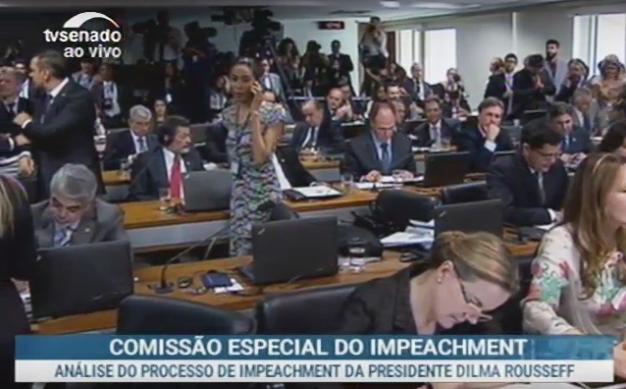 Reunião de votação da CEIS começa e já precisa ser interrompida, ao vivo