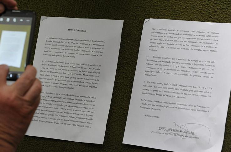 Nota a imprensa que fala sobre a anulação da sessão de votação do impeachment da presidente Dilma Rousseff na Câmara dos Deputados. Foto: Alex Ferreira/ Câmara dos Deputados