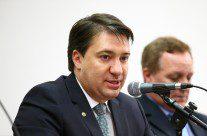 Titulares da Mesa da Câmara pedem renúncia ou afastamento de Maranhão, ao vivo