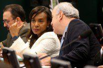 Conselho de Ética decide pela cassação de Cunha por 11 votos a 9, assista ao vivo