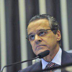 Henrique Eduardo Alves é o terceiro ministro de Temer a pedir demissão