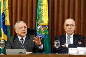 Temer e Meirelles: medidas trarão mais credibilidade. Foto: Beto Barata/PR