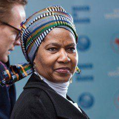 """""""É hora de mudar""""; leia artigo da diretora-executiva da ONU Mulheres"""