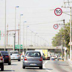 Projeto prevê tolerância de até 30% na velocidade nas marginais