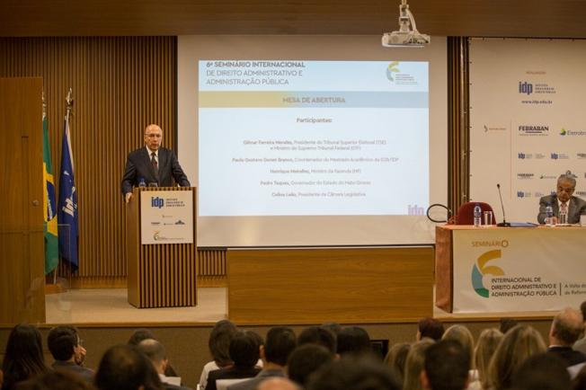 Meirelles participa do Seminário Internacional de Direito Administrativo e Administração Pública. Foto: Gustavo Raniere/GMF
