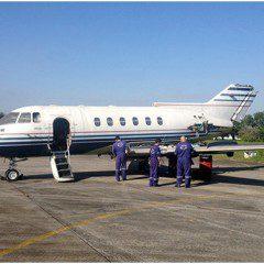 Etec de Guarujá ganha avião a jato para curso de Manutenção de Aeronaves