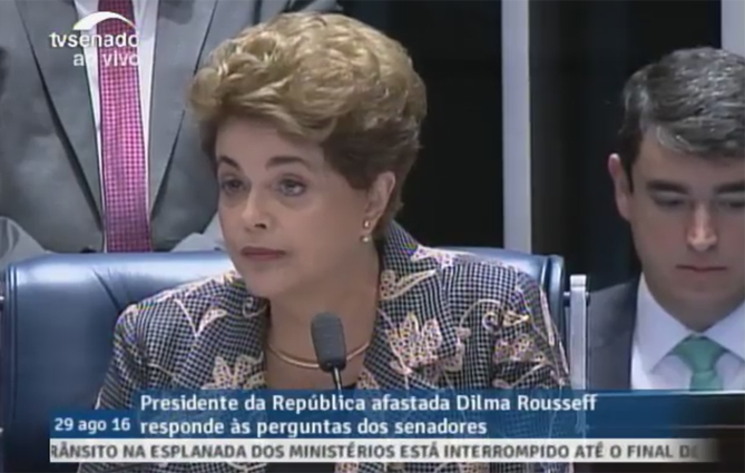 Dilma Rousseff se defende no julgamento de impeachment