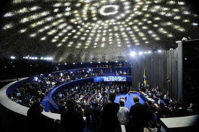 Plenário do Senado Federal durante sessão deliberativa extraordinária qu decidiu pelo impeachment da presidente afastada Dilma Rousseff por crime de responsabilidade. Foto: Marcos Oliveira/Agência Senado