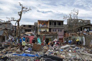 Brasileiro que comanda força de paz no Haiti detalha 'desastre ambiental', fotos