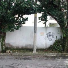 Mau exemplo em rua do Tatuapé: quem quer mudanças precisa ter bom senso
