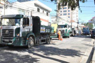 Buracos continuam ganhando a corrida contra a prefeitura no Tatuapé