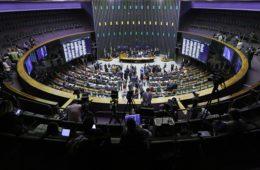 Liderada pelo deputado André Fufuca, Câmara vota pautas importantes