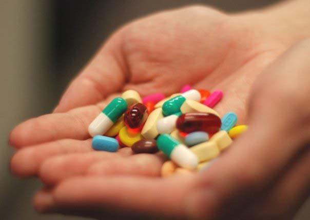 O problema da automedicação para dor de cabeça