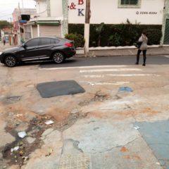 Consertos da PR Mooca na esquina das ruas Emílio Mallet e Antonio de Barros