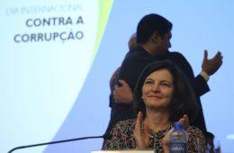 Decisão de Toffoli compromete reputação internacional do Brasil, diz Dodge
