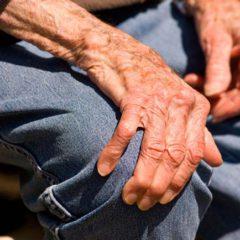 Doença de Parkinson, degenerativa e progressiva