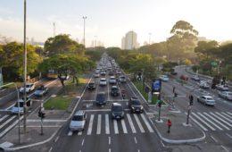 Rapidão é o projeto da Prefeitura para o trânsito da Radial Leste, vídeo