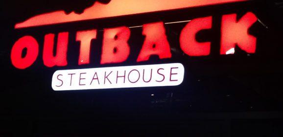 Outback Steakhouse inaugura no Tatuapé