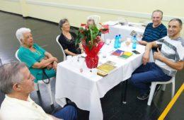 """Famílias tradicionais do bairro estiveram presentes ao lançamento do livro """"Memórias do Tatuapé"""""""