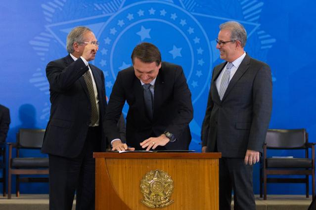Governo lança Novo Mercado de Gás