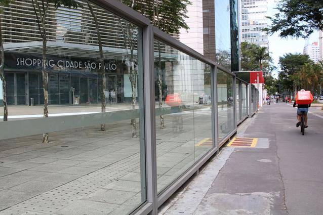 Shopping centers pressionam pela reabertura