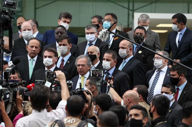 Economia e Coronavírus: Bolsonaro, Guedes e empresários pedem união dos três poderes