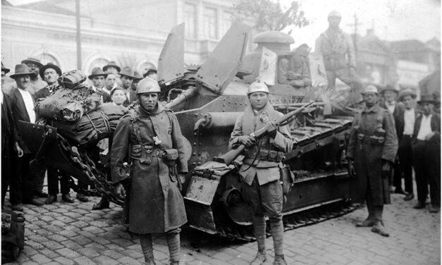 Revolução de 1924 ganha novo livro com imagens do acervo  da FES